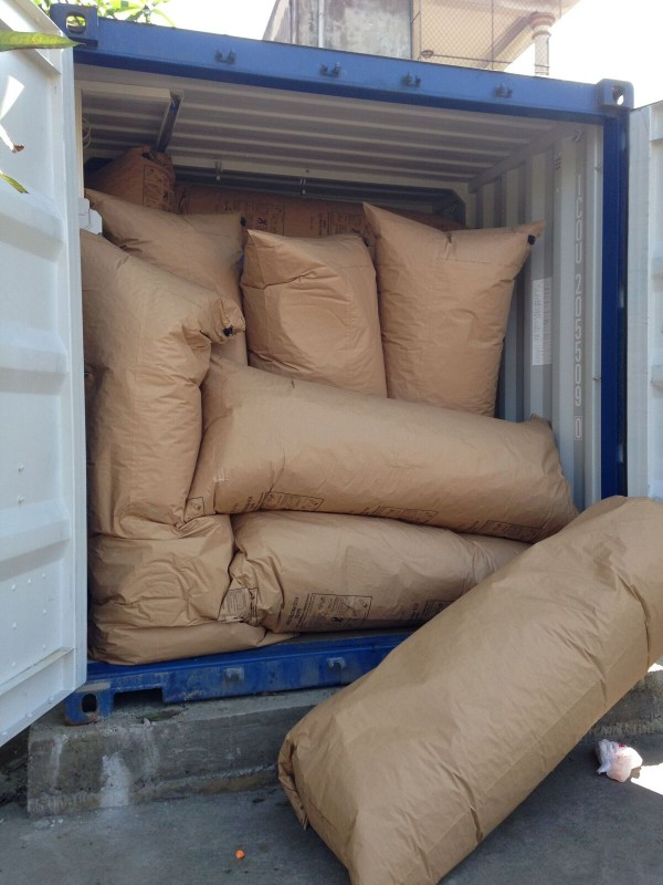 First glance at the container – air cushions to protect the content of the container